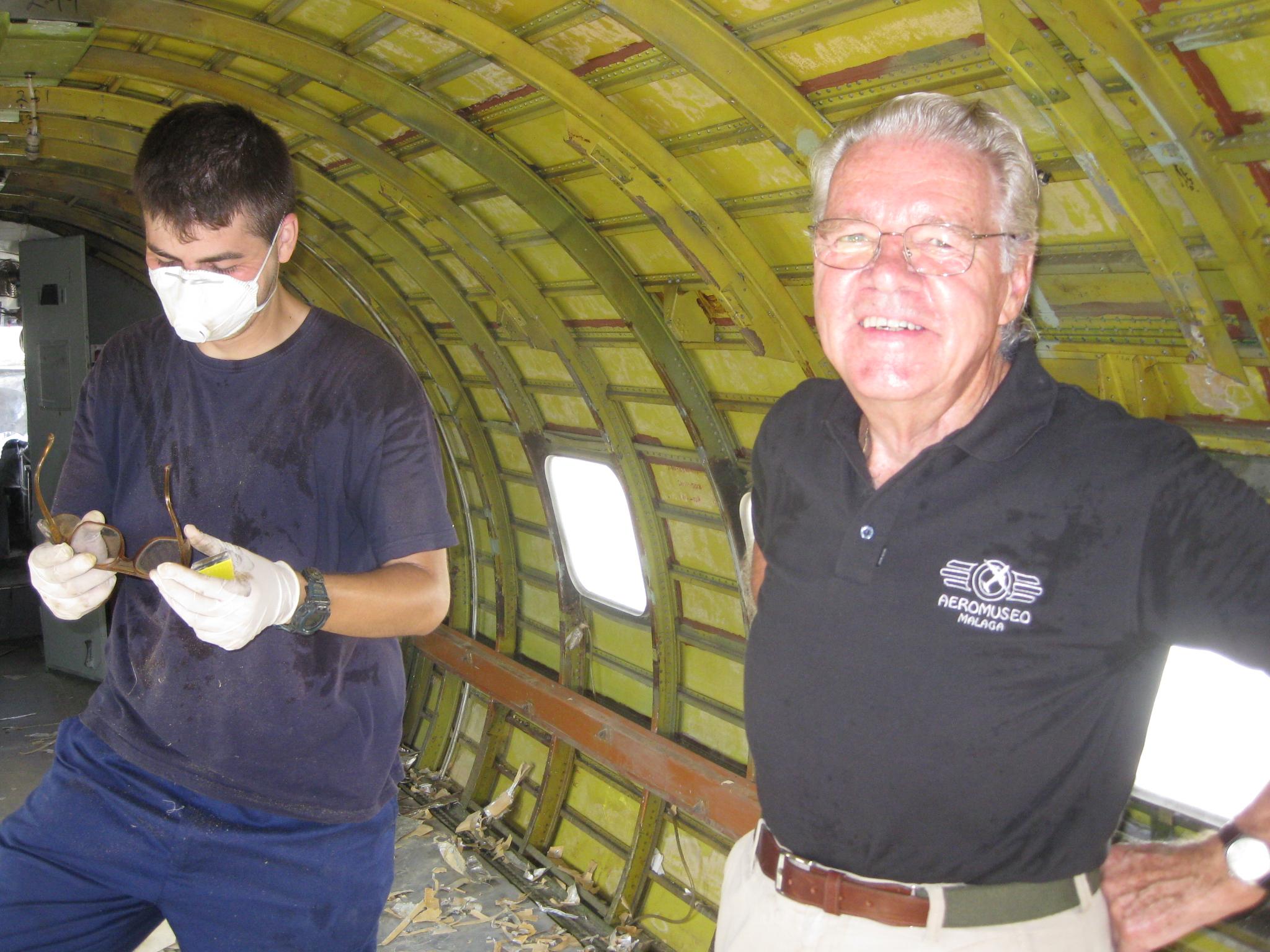 Primera jornada en restauración interior CV440