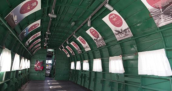 Interior de avión Dc3 de 1945