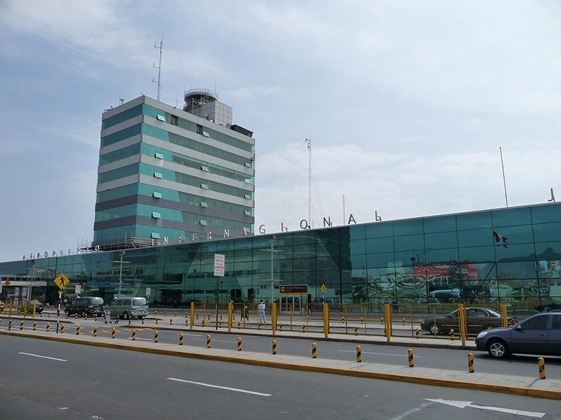 Resultado de imagen para aeropuerto lima