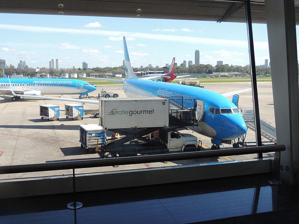 https://i1.wp.com/www.aeropuertos.net/wp-content/uploads/2016/06/EsperandoAEPSABE-1.jpg