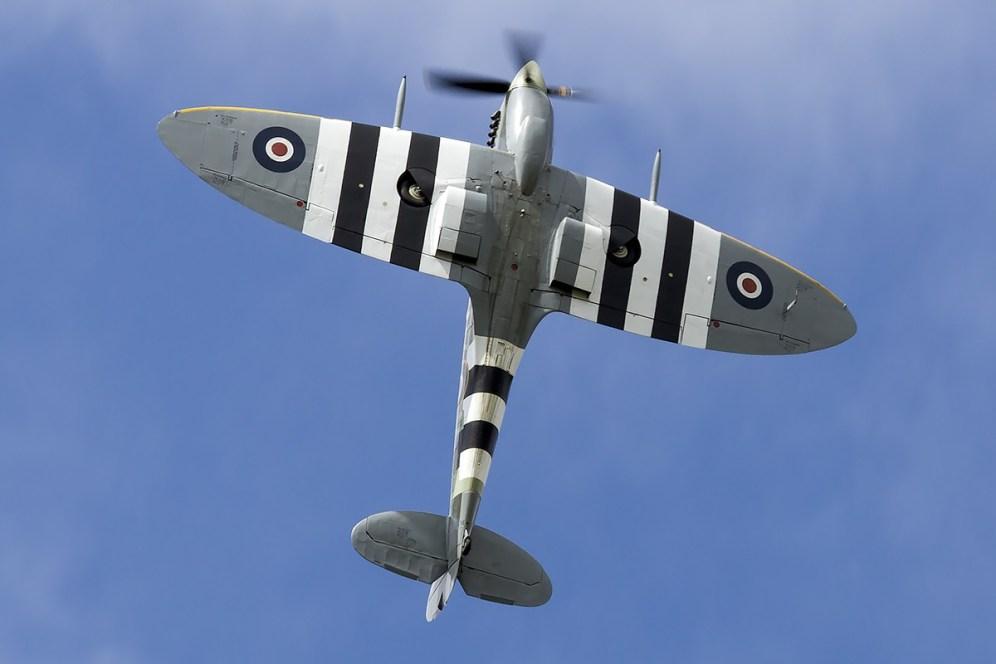 © Adam Duffield • Supermarine Spitfire MkIX MH434 / G-ASJV • Old Buckenham Airshow 2014