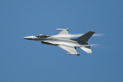 © Duncan Monk • RDAF F-16AM Solo • RDAF Karup Airshow 2014