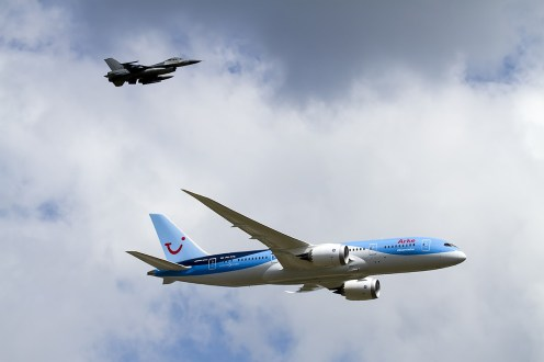 © Adam Duffield • QRA Demo with Arkefly 787 • Luchtmachtdagen 2014