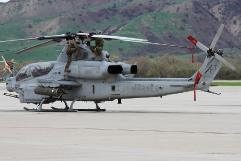 © Mark Forest • Bell AH-1Z Viper 168422 • Marine Corps Base Camp Pendleton