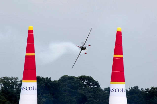 © Adam Duffield • Yoshihide Muroya • Red Bull Air Race - Ascot
