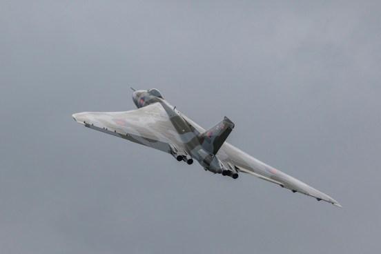 © Steve Tron - Yeovilton Air Day 2015 - Vulcan XH558 Image Wall