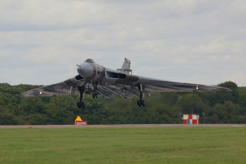 © Anthony Mills - RIAT Fairford 18th July 2009 - Vulcan XH558 Image Wall