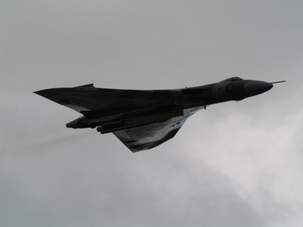 © Chris Boden - Fairford, 19th July 2009 - Vulcan XH558 Image Wall