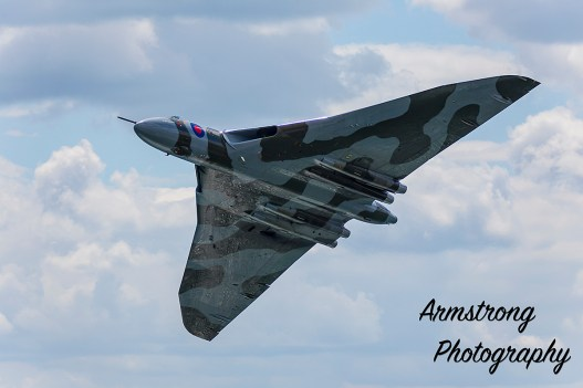 © Richie Armstrong/Armstrong Photography - Scarborough on armed forces day 2015 - Vulcan XH558 Image Wall