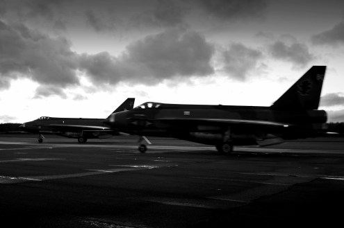 © Jamie Ewan - English Electric Lightning F.6 XR728 and F.6 XS904 - Lightning Preservation Group Twilight Run
