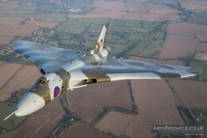 Vulcan XH558 Air to Air 2