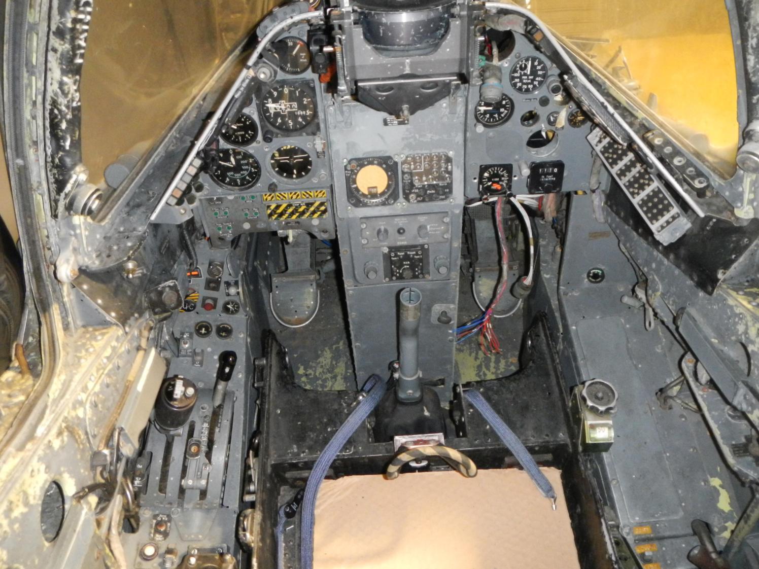 ©David Howe - Harrier T.4A XW271