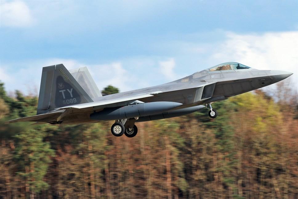 © Mark Kwiatkowski - Lockheed F-22A Raptor 05-4089 - F-22 Raptor Deployment to RAF Lakenheath