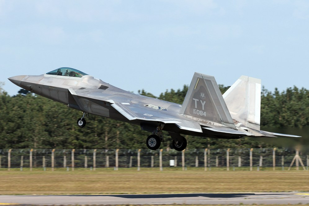 © Mark Kwiatkowski - Lockheed F-22A Raptor 05-4084 - F-22 Raptor Deployment to RAF Lakenheath