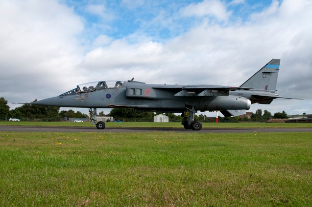 © Duncan Monk - SEPECAT Jaguar T4 XX847/EZ - RAF Cosford Jaguars final prowl