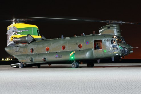 © Mark Kwiatkowski - Royal Air Force Boeing Chinook HC4 ZA683 'Nellie' - Northolt Nightshoot XXI