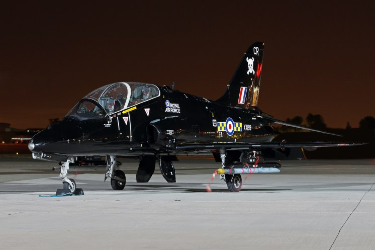 © Mark Kwiatkowski - Royal Air Force British Aerospace Hawk T.1A XX189/CR - Northolt Nightshoot XXI