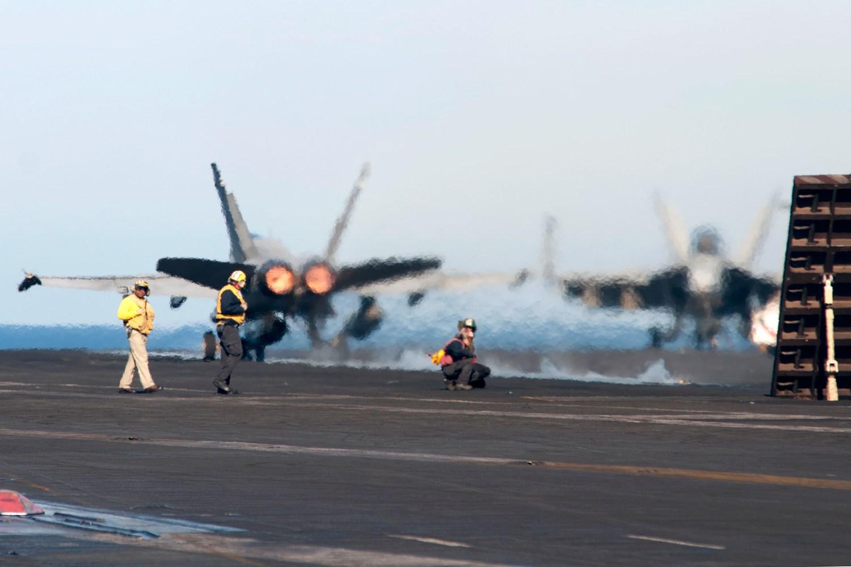 © Duncan Monk - Boeing F/A-18C Hornet - USS Dwight D Eisenhower