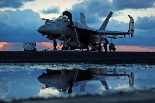 © Jamie Ewan - Boeing F/A-18E Super Hornet 166952 - USS Dwight D Eisenhower