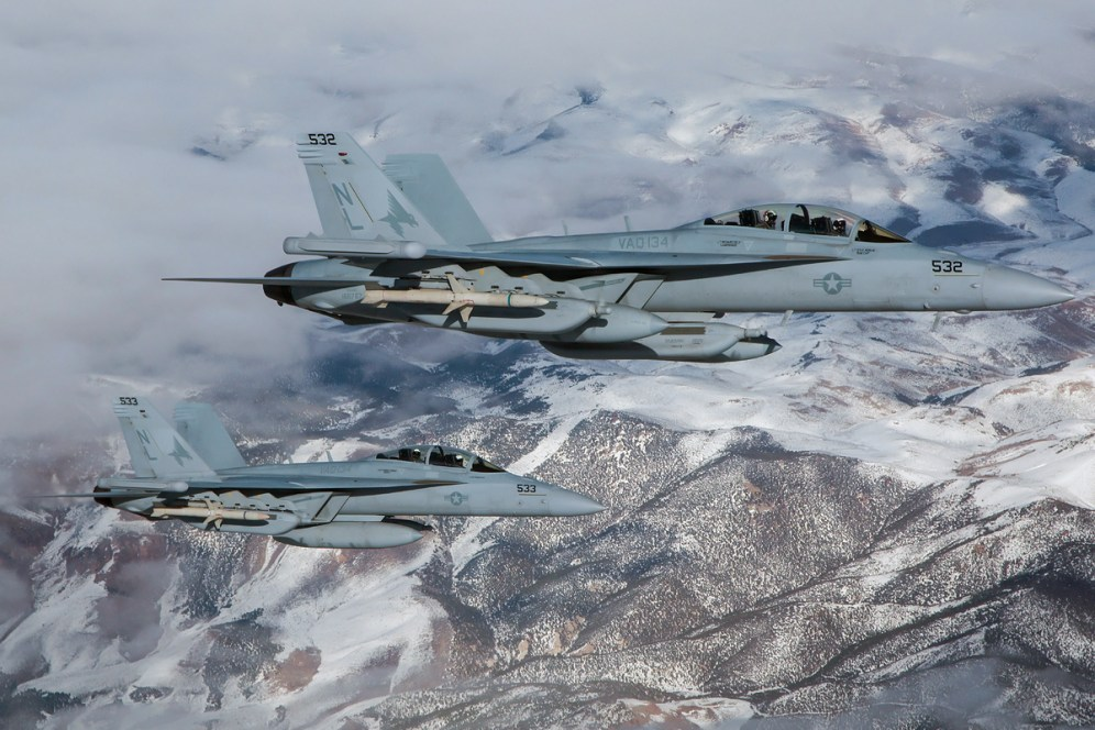 © Kevin Bell - VAQ-134 Growler Pair over Nevada - Red Flag 17-1