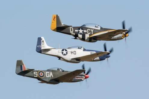 © Adam Duffield - The Mustang section of the Balbo - Flying Legends 2017