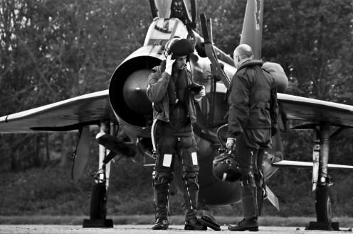 © Jamie Ewan - English Electric Lightning F.6 XS904 / BQ along with Reenactors - Lightning Preservation Group – ORP Scramble