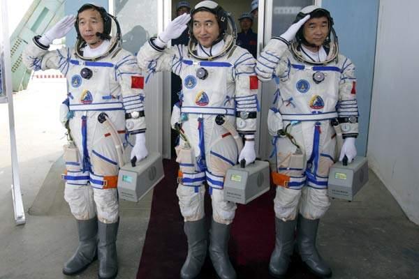 Chinas Space Walk