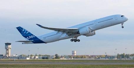 El segundo A350, al iniciar su primer vuelo / Foto: Airbus
