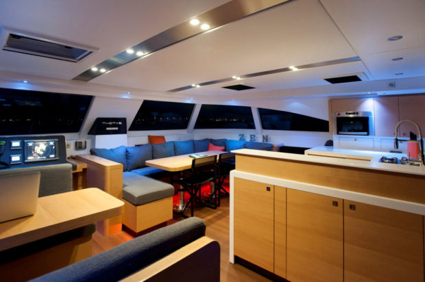 Nautitech 542 catamaran salon