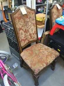 goodwill chair