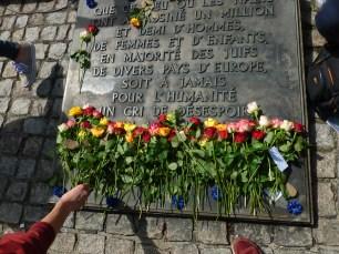 Stèle commémorative à Birkenau
