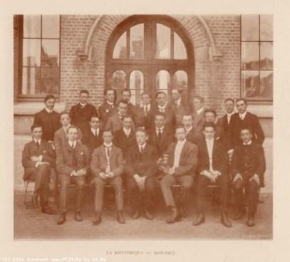 Album : 1907 1907 Rhétorique 1906-1907.Titulaire
