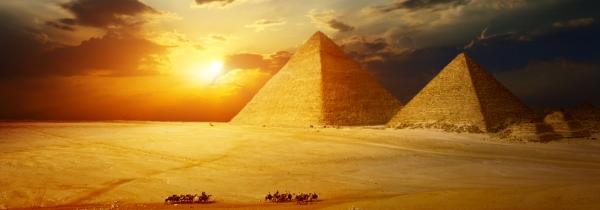 blog9maygiza-pyramids-at-sunset