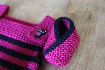Tricoter-Chaussons-Kimono-Bébé-fuchsia