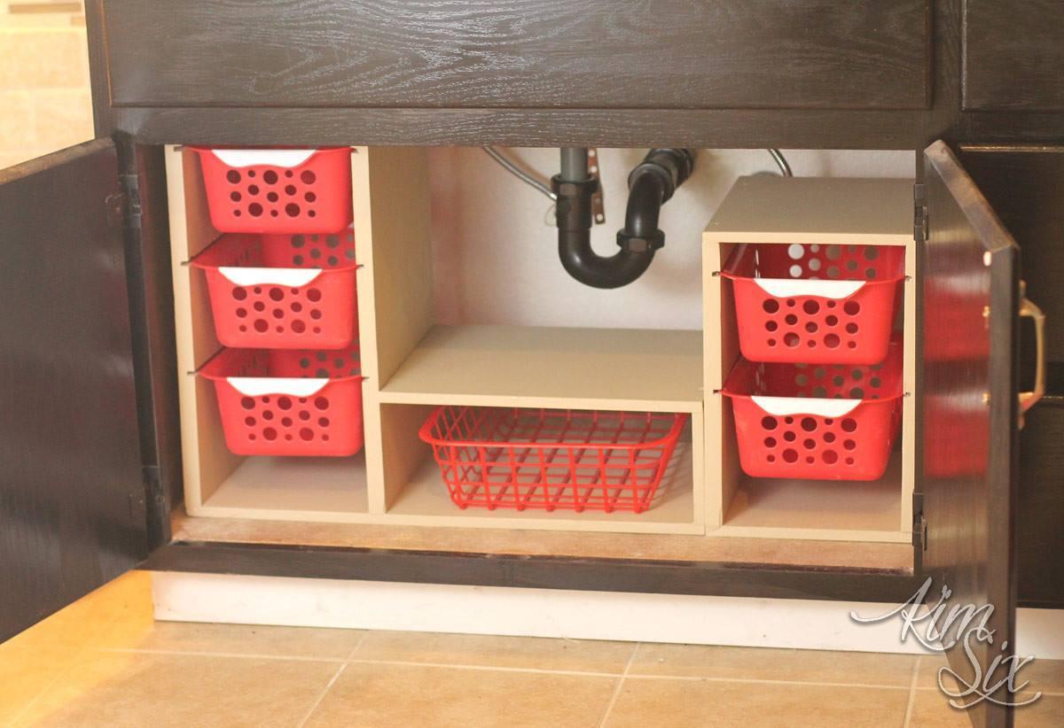 Fabriquer Un Tiroir Coulissant construire un organisateur sous évier avec tiroir à panier