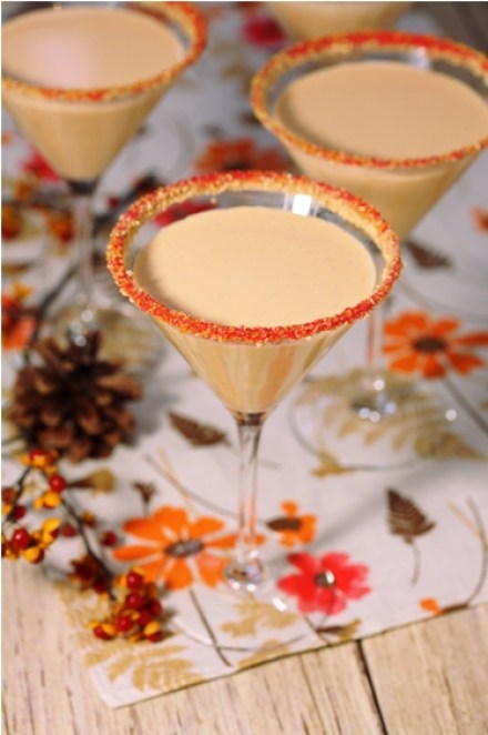 https://www.afamilyfeast.com/30-amazing-and-fun-holiday-cocktails/