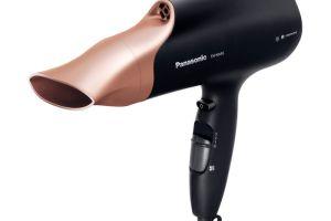 Con la tecnologia nanoe, Panasonic rinnova la cura dei capelli