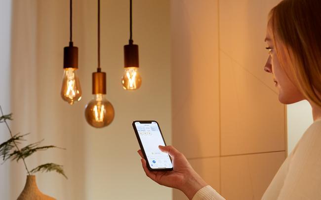 Signify: l'illuminazione intelligente Wiz Connected sbarca in Italia