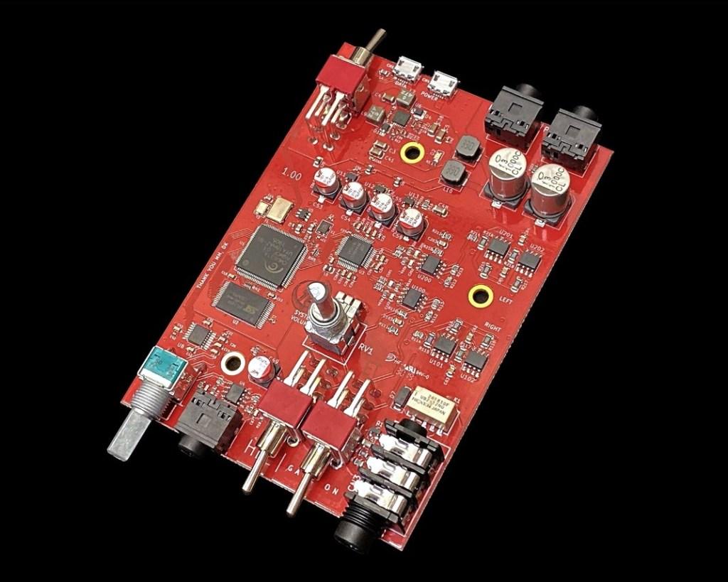 Schiit Hel DAC / Amp per cuffie esigenti