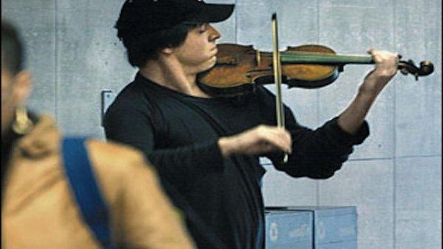 subway violinist