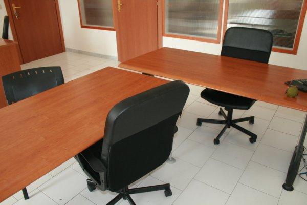 Ufficio arredato bivani incluso posti auto affitto Casalnuovo