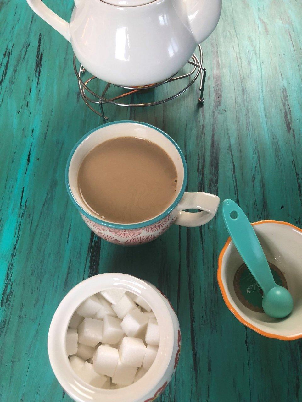 طرز تهیه شیر چای