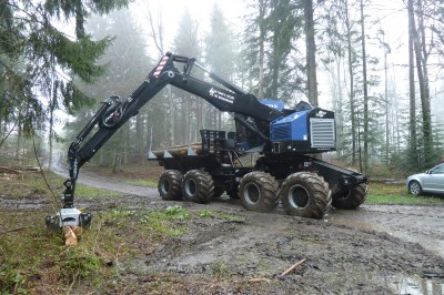 Timberpro TF 830 combo (porteur avec bras abatteuse 40 tonnes)