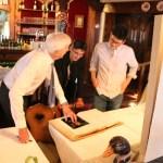 Signature du livre d'or du restaurant