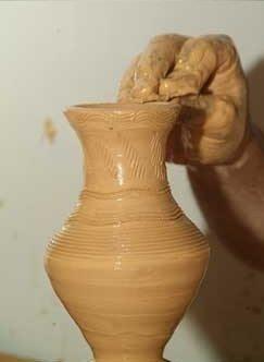تصنيع المنتجات الفخارية