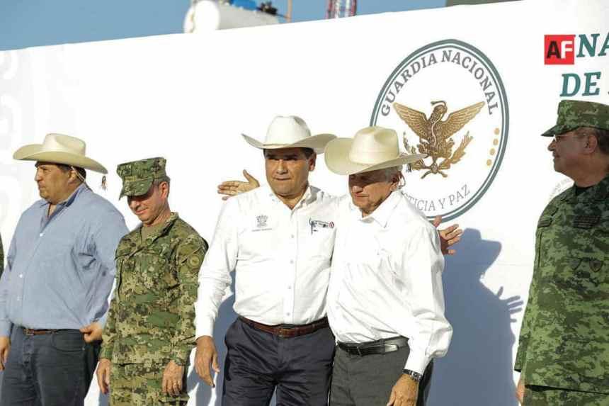 AFmedios Guardia Nacional en Michoacán Silvano Aureoles y Andres Manuel Lopez Obrador 4 - Michoacán, primer estado en poner en marcha las instalaciones de GN - #Noticias