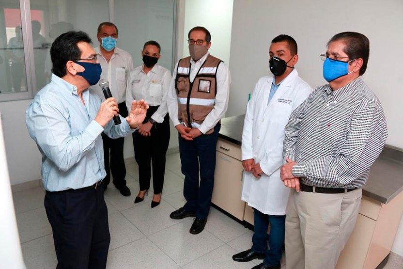 laboratorioucol - Conocen gobernador y secretaria de Salud laboratorio de la UdeC para detectar COVID-19