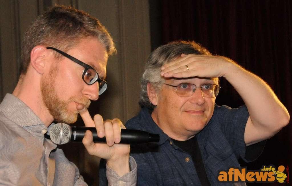 Mentre Sc ott McLoud guarda lontano, Michele Foschi riflette sui grandi quesiti irrisolti dell'esistenza... - foto Goria, Torino 2015