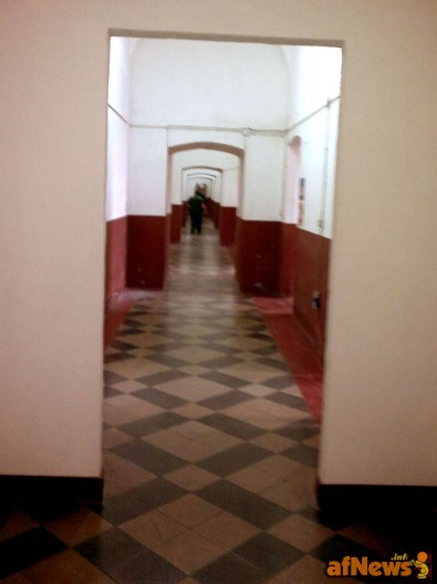 011 Corridoio che fa mooolto 'Shining' - afnews
