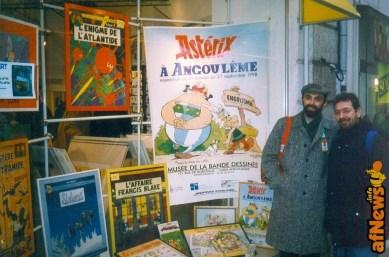 Angouleme 1998 Bella vetrina. Alberto Arato (terzo Presidente Anonima Fumetti) e Gianfranco Goria (primo Presidente Anonima Fumetti).